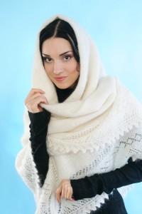 пуховый платок на свадьбу иностранцам