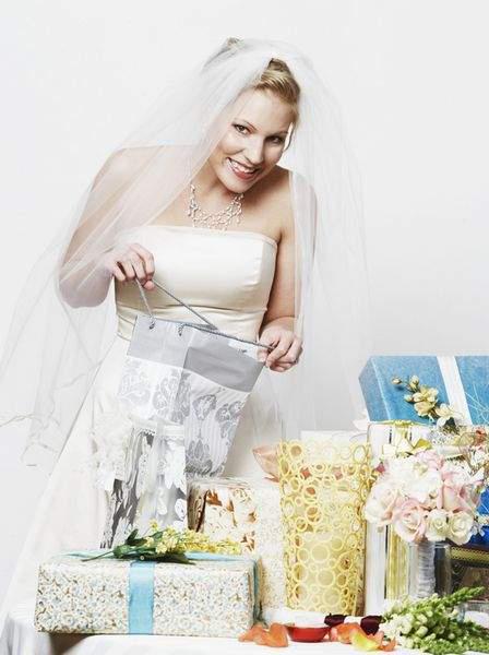 Бытовая техника и электроника в подарок на свадьбу