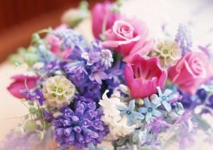 букет цветов молодым